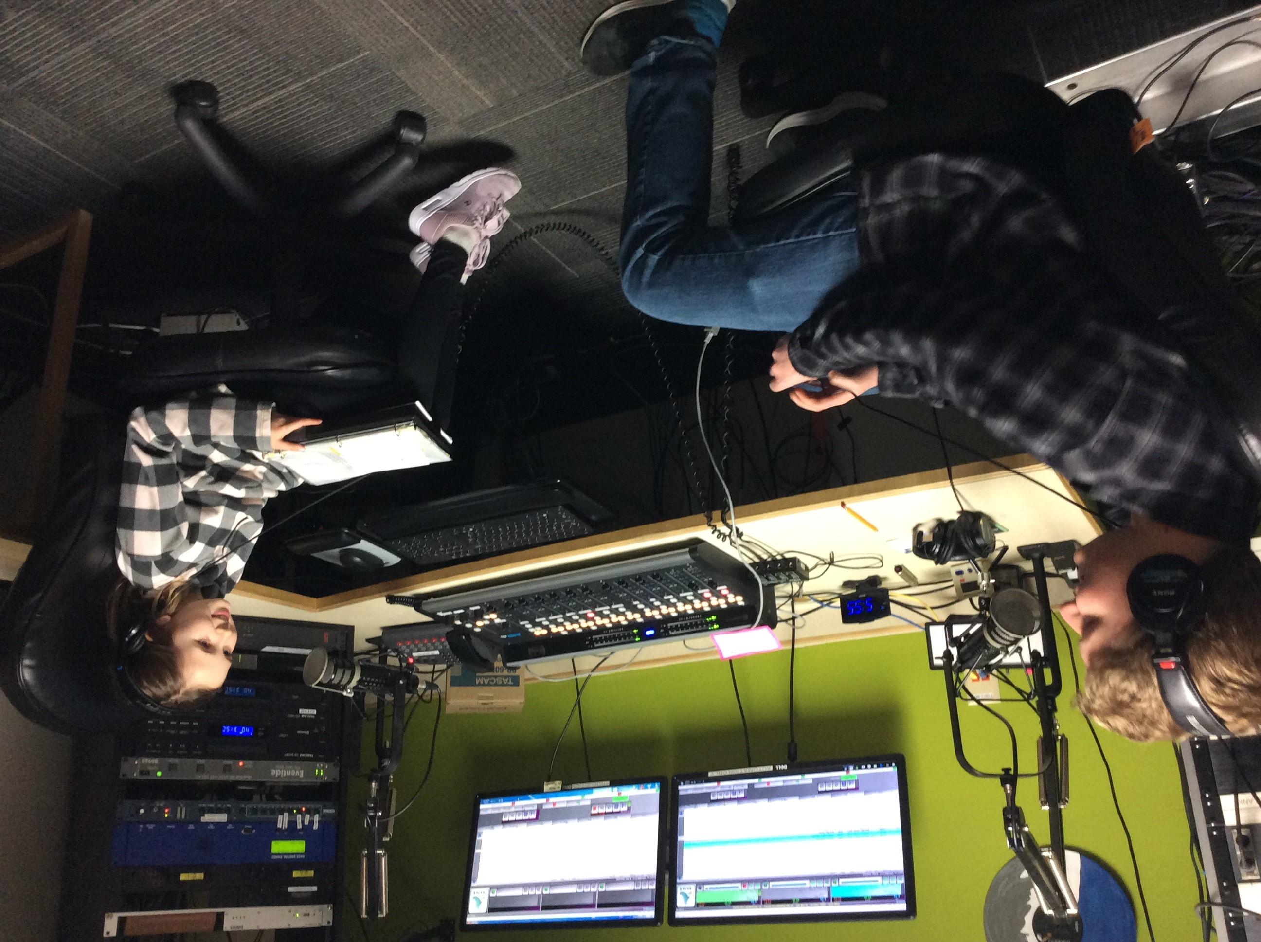 radio62